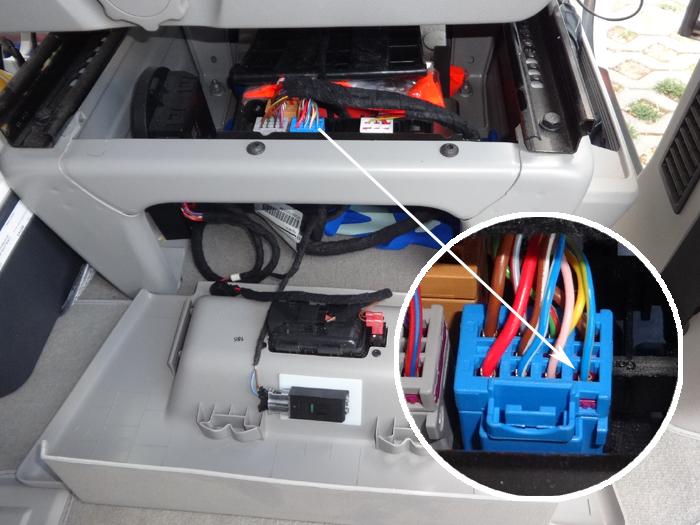 VW-T6-LZH-PIN1-bl-ge
