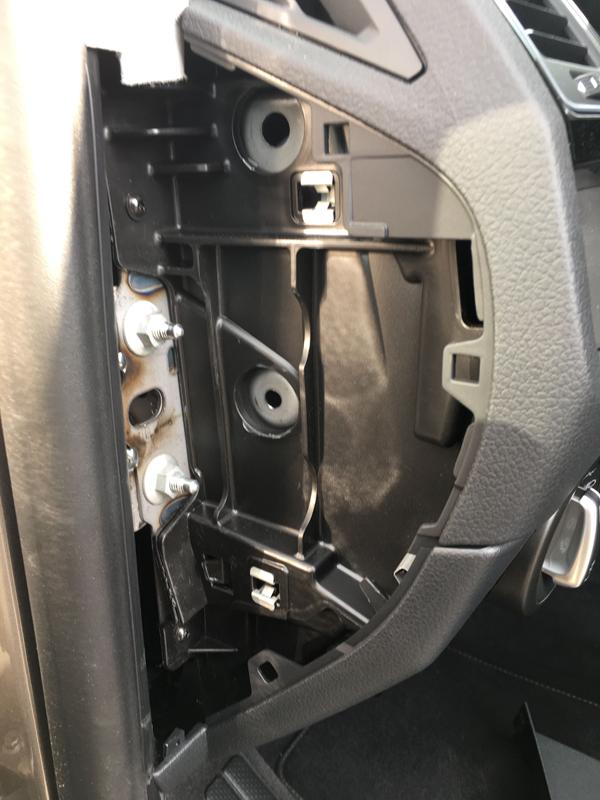VW-T6-seitliche-abdeckung