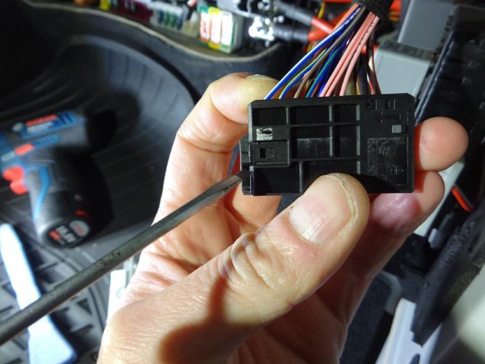 v-klasse-w447-stecker-detail-2